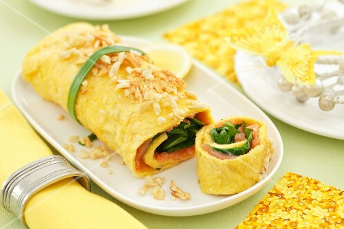 Omelette with spinach and salmon for Easter