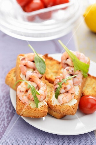 Crispy toasted rolls topped with marinated prawns