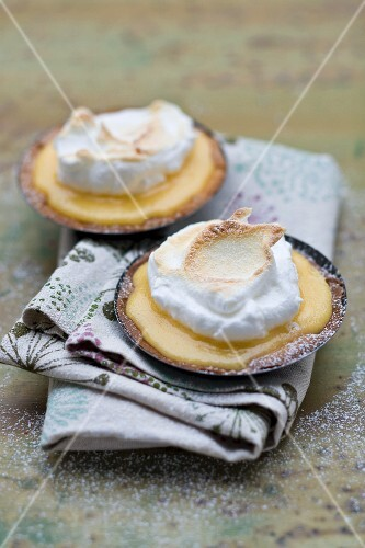 Grapefruit tartlets topped with meringue