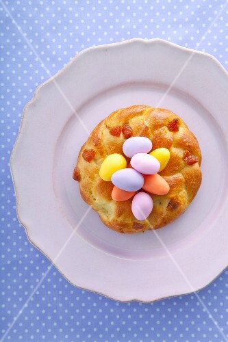 Yeast doughnut with marzipan eggs