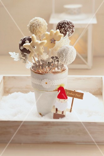 Cake pops coated in chocolate for Christmas
