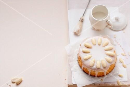 Torta di mandorle (almond cake with lemon icing)