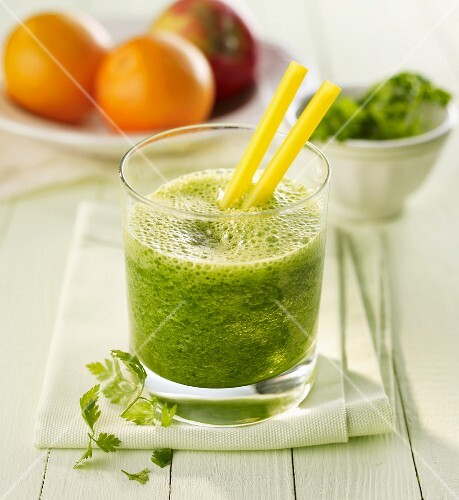 Herb and spinach drink