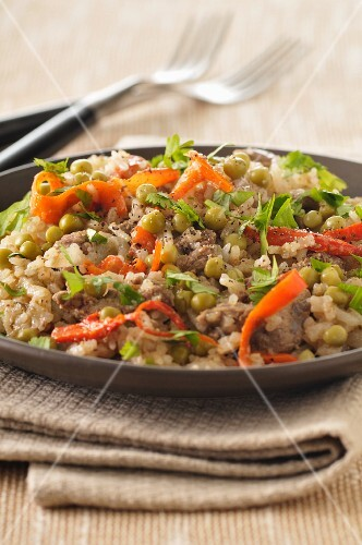 Rice with beef and peas