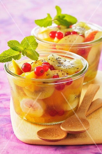 Summery fruit salad with mint