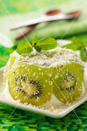 Kiwi and coconut dessert