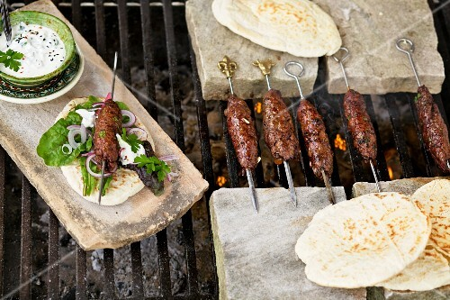 Shish kebabs (Eastern lamb kebabs) with flatbread