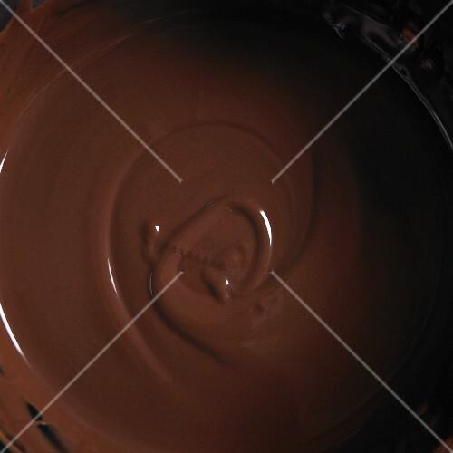 Liquid chocolate (full frame)