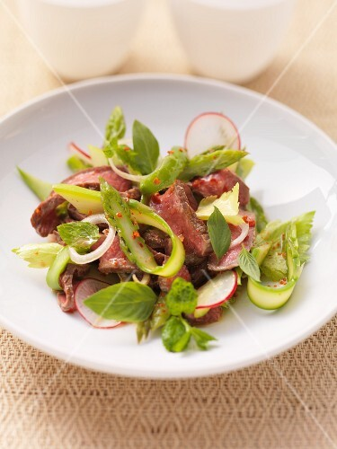 Beef salad with asparagus and radishes