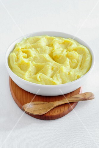 Mashed potato in a bowl