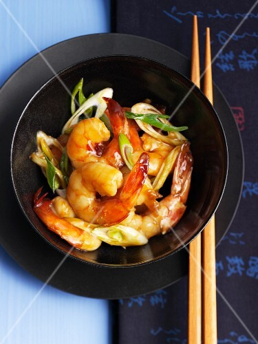 Wok-fried prawns