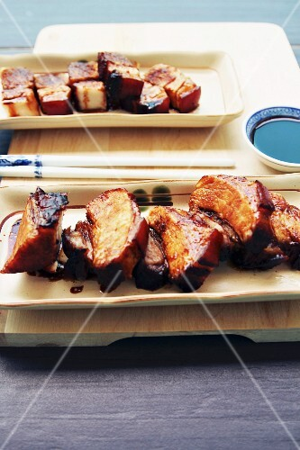 Barbecued pork with five-spice sauce