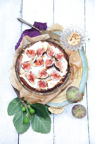 A fig cake with Cointreau and cream
