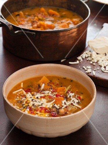 Sweet and spicy squash and chickpea soup