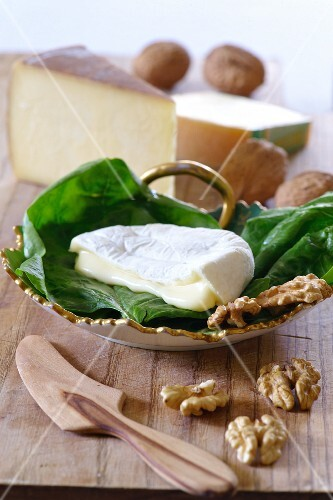 Soft cheese, hard cheese and walnuts