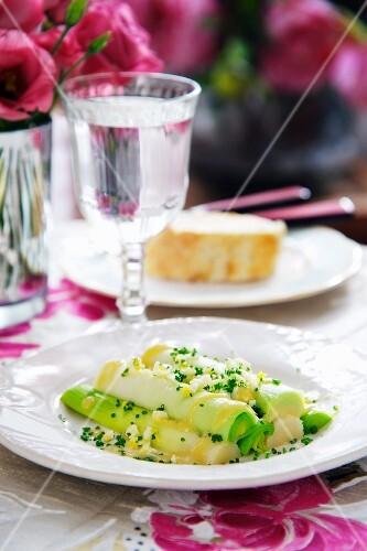 Leek salad with egg and vinaigrette