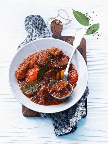 Juicy pepper goulash