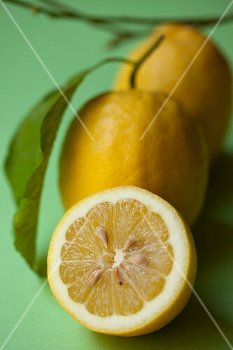 Lemons, whole and half