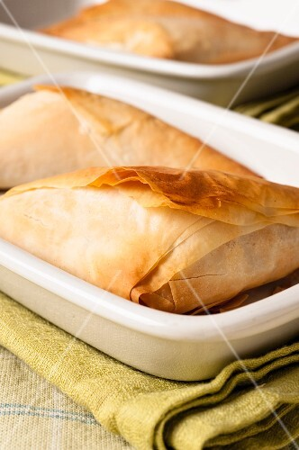 Filo pastry parcels with a spinach and feta filling