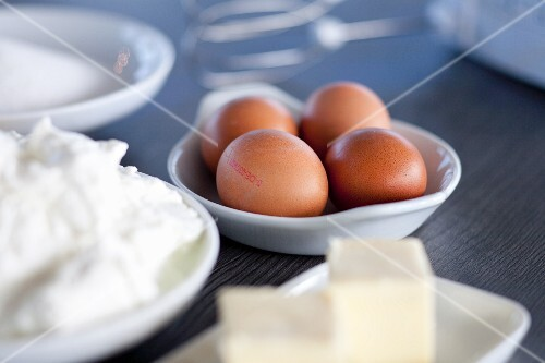 Brown eggs, quark and butter