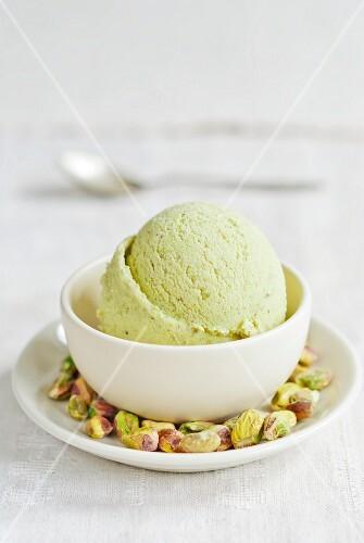 Pistachio ice cream and pistachio nuts