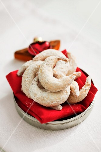 Hazelnut crescent pastries
