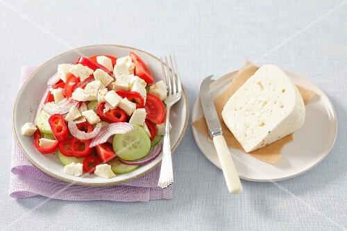 A mixed salad with Korycinski cheese