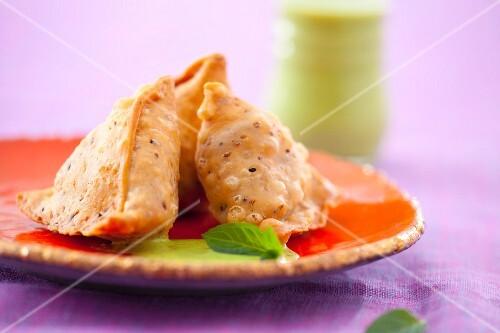 Samosas with mint sauce