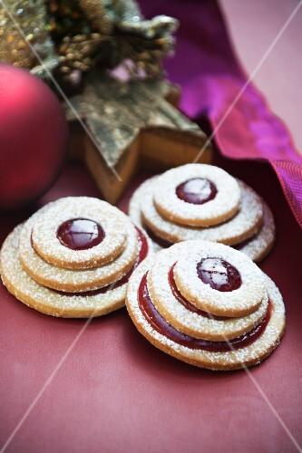 Terrace cookies with cherry jam