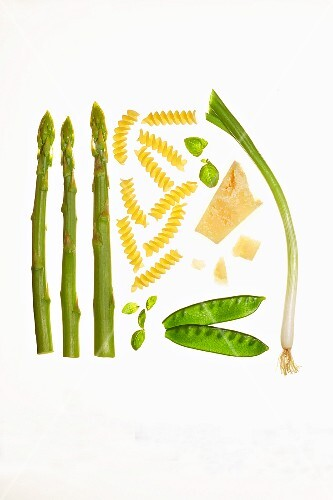 Ingredients for a pasta dish with asparagus