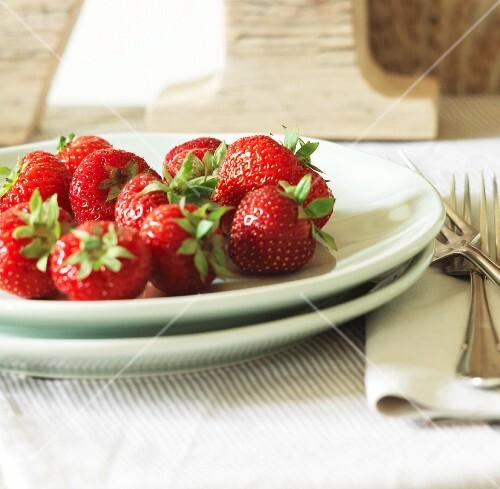 Fresh strawberries on plate