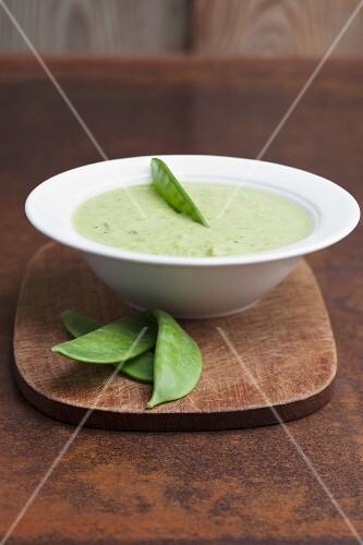 Sugar snap pea soup
