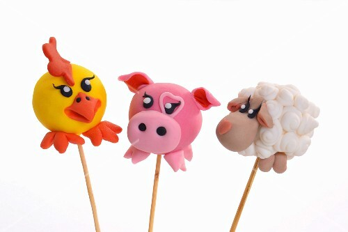 Cake pops decorated to look like animals