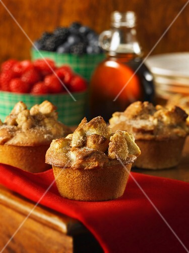 French Toast muffins with berries and maple syrup