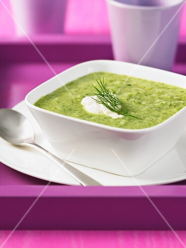 Lemon and cucumber soup with dill
