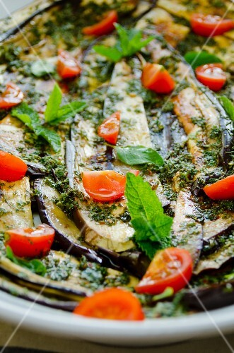 Aubergine salad with mint and tomatoes (close-up)