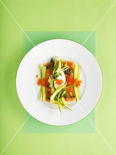 Wild salmon with asparagus and keta caviar