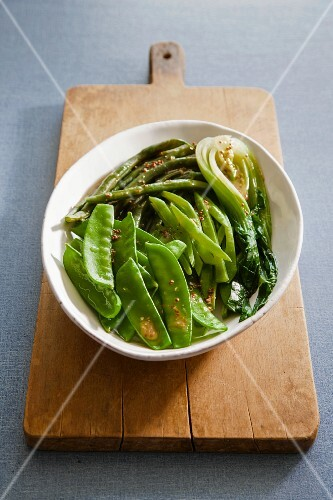 Buttered green vegetables