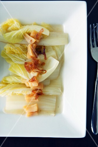 Steamed Chinese cabbage with scallops