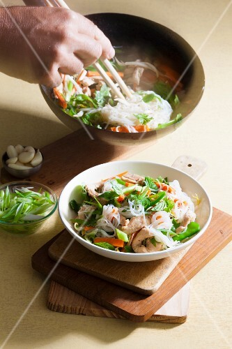 Chicken with sugar snap peas and cellophane noodles