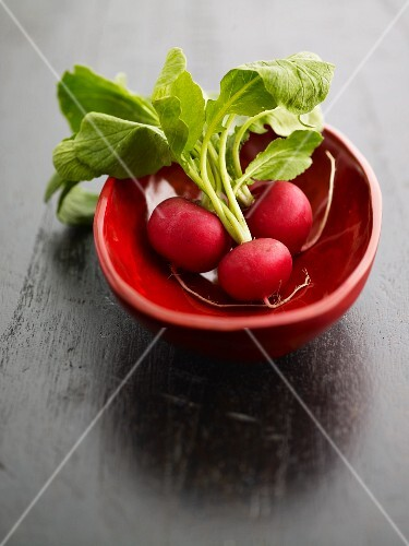 Radishes in a small bowl