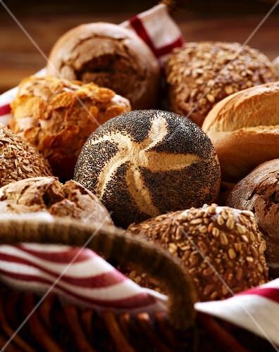 A basket of rolls