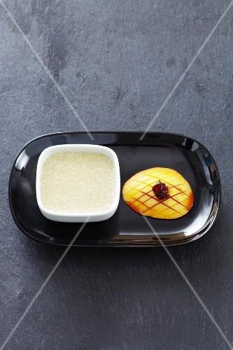 Sago with mango (Asia)