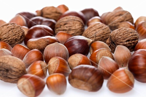 Assorted nuts and chestnuts