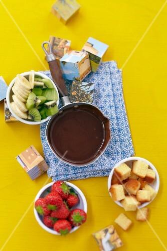 Fruit-based chocolate fondue