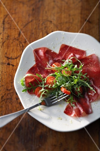 Carpaccio of Grisons air-dried beef with rocket