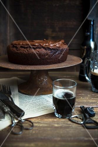 Stout cake with toffee sauce (chocolate cake, England)
