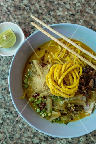Khao Soi (noodle soup with curry, Thailand)