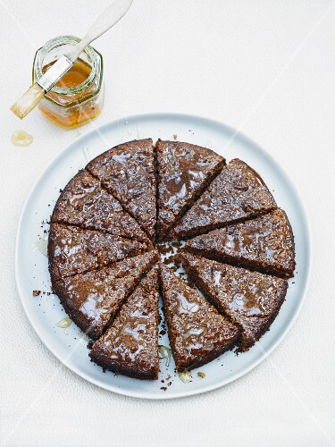 Tahini cake with honey
