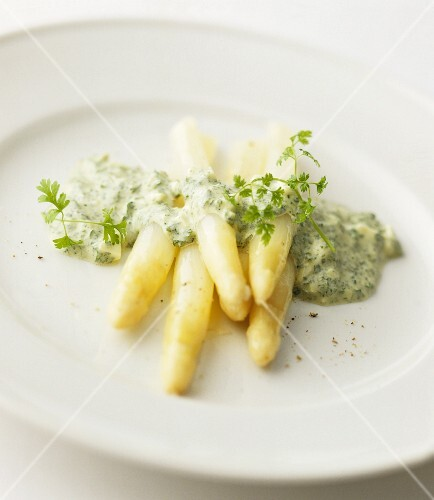 White asparagus with a chervil sauce